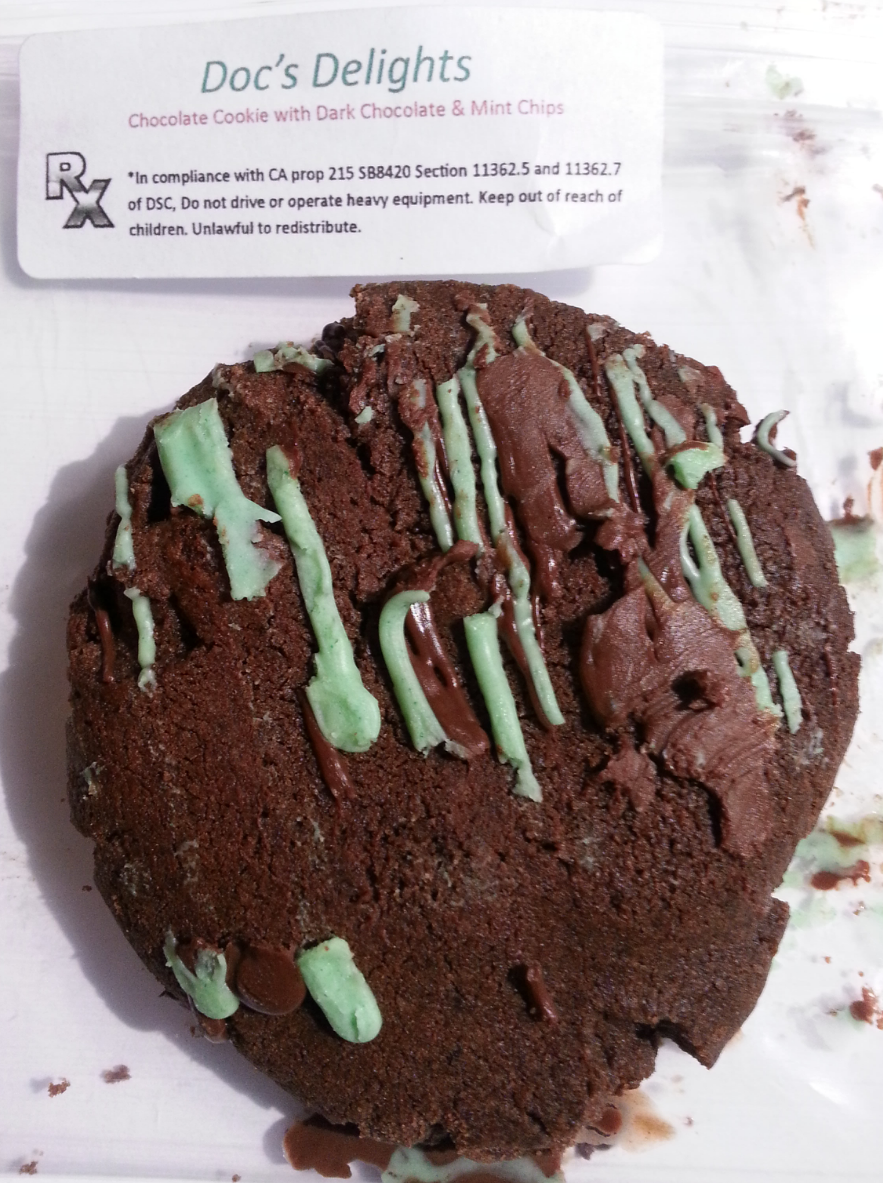 Doc's Delights Mint Chocolate Cookie Edible Review